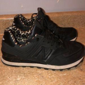 Women's New Balance Chetah Print  running shoes
